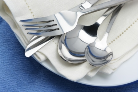 Top 10 Best Stainless Steel Cutlery Sets in 2020