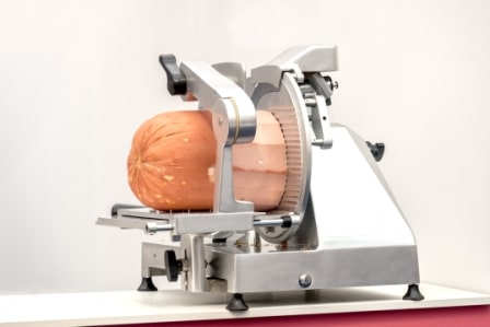Top 15 Best Food and Meat Slicers in 2020