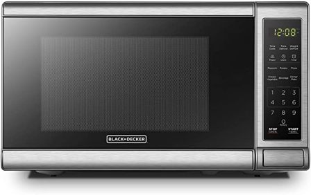 Black+Decker EM720CB7 Great Little Microwave with 700W Output