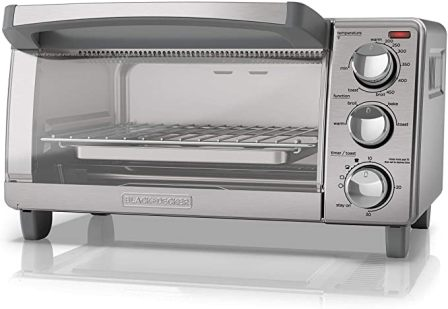BLACK AND DECKER 4-SLICE TOASTER OVEN TO1760SS