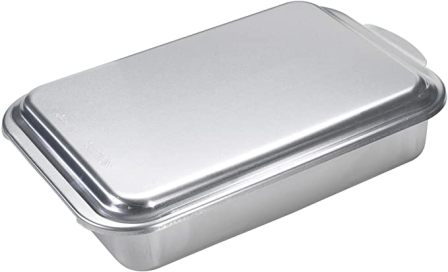 Nordic Ware Classic Metal Cake Pan with Lid
