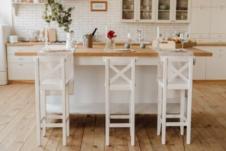 Top 15 Best Tall Dining Chairs - Guide & Reviews for 2020
