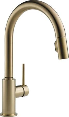 Delta Trinsic: Single Handle Pull-Down Kitchen Faucet